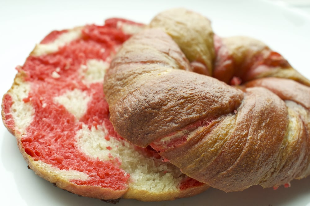 cross section of finished baked pink and white bagel