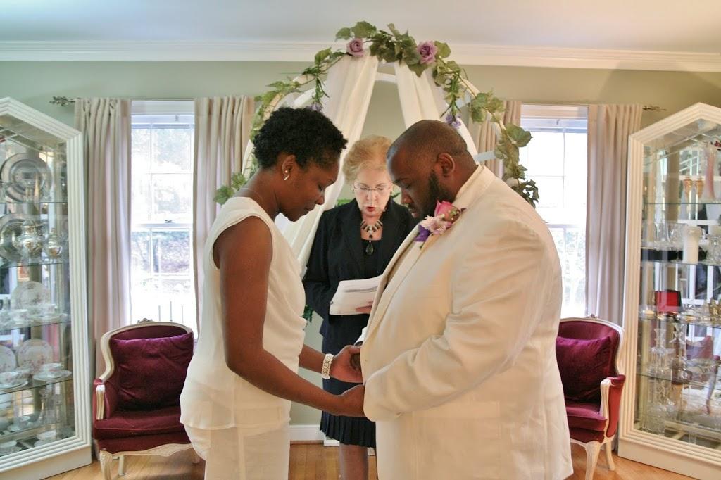 A Williamsburg Winter Wedding