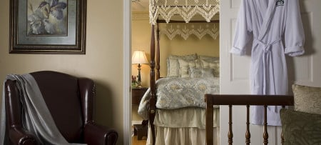 Romantic Suite For Your Honeymoon Or Getaway In Williamsburg Virginia