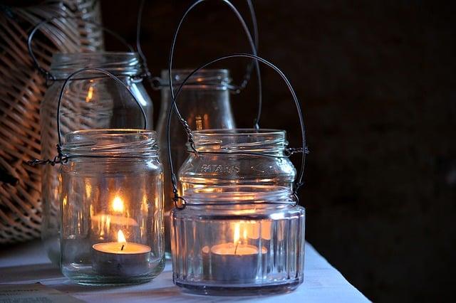 candlelight-1433175_640