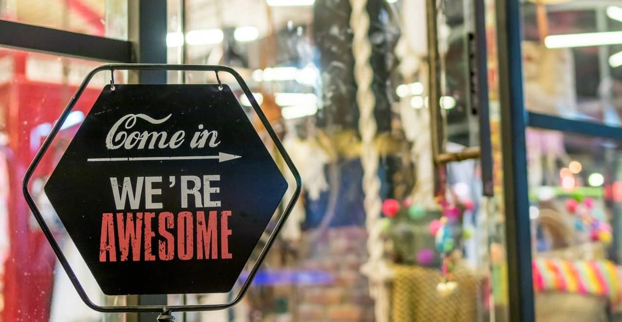 holiday shopping in Williamsburg Virginia